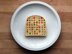 Sandwich art: Damien Hirst. Low commitment projects.