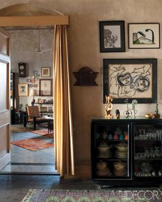 "Surajit ""Bomti "" Iyengar's Calcutta Home - ELLE DECOR"