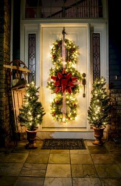 04 Awesome Christmas Front Porch Decor Ideas