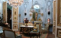 French design, classic interior, French lighting, French living room, biennale des antiquaires
