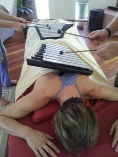 Harmonically tuned the Freenotes Wings are used by energy practitioners. Similiar to a range of tuning forks the instrument can be played and moved along a clients' body creating a chakra balancing. http://www.thealchemyofsound.com.au/freenotes-wings/