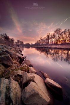 River runs calm by Dariusz Łakomy