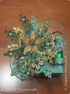 Gift box decoration by Tatiana Tolstikova.