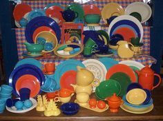 Ms Dow Antiques Tique Talk by Marianne Dow: - Vintage Dishes, Vintage Kitchen, Fiesta Ware Dishes, Collections Of Objects, Homer Laughlin, Antique Stores, Vintage Pottery, Old And New, A Table