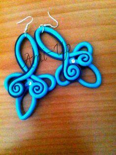 orecchini fatti a mano in argilla polimerica (FIMO) turchesi e blu - hand made polymer clay earrings