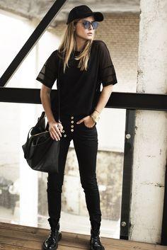 Street style Fashion week Black look