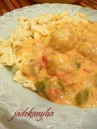 Jade's Kitchen: Betray knedle s nokedli Fruit Recipes, Meat Recipes, Chicken Recipes, Cooking Recipes, B Food, Hungarian Recipes, Delicious Dinner Recipes, Main Dishes, Food And Drink