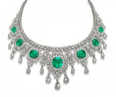 'The Colombian Sunburst' emeralds, rose-cut diamonds in 18K white gold necklace