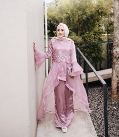 Abaya Fashion, Muslim Fashion, Fashion Dresses, Cheap Short Prom Dresses, Special Dresses, Kebaya Modern Dress, Kebaya Hijab, Dress Brokat, Muslim Dress