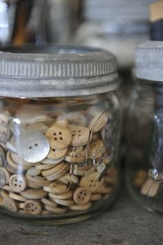 old jar w' old buttons - sigh!