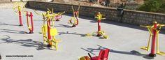 Circuitos biosaludables al aire libre para personas mayores.