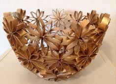 Toilet Paper Roll Crafts Flowers Daze 50 Creative DIY Craft Ideas And Tutorials You Home Design 3 Toilet Paper Roll Art, Toilet Paper Roll Crafts, Cardboard Crafts, Recycled Crafts, Diy Crafts, Paper Crafting, Paper Flowers, Creations, Flower Bowl