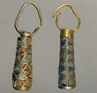 Earrings 5th - 4th century BCE. Tumulus near the village of Maryivka, Zaporizhia Region. Excavations 1976.