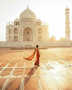 India - Photography by @taramilktea