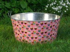 Pink Petal Sweet Tooth Large Round Galvanized Party