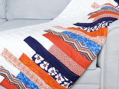 Motley - Reversible Quilted Throw | Free project on the Fabric Editions website.