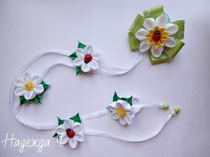 Одноклассники Kanzashi, Hair Ornaments, Headdress, Hair Bows, Hair Clips, Headbands, Diy And Crafts, Ribbon, Handmade