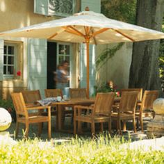 Kingston Outdoor Dining Furniture by Gloster - The Worm that Turned  #teak  #alfrescoliving