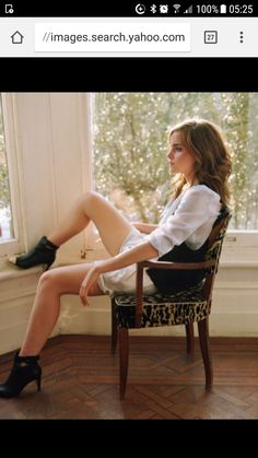 Emma Watson is a British actress and model best known as Hermione Granger in Harry Potter, The Bling Ring, This Is the End, Noah and Beauty and the Beast. Images Emma Watson, Emma Watson Sexy, Alex Watson, Lucy Watson, Emma Watson Beautiful, Emma Watson Sexiest, Enma Watson, Harry Potter Film, Elegantes Outfit
