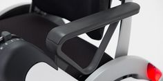 whill-personal-mobility-wheell-chair-designboom-02