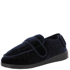 Elisa Panda- For The Perfect Paw - Traditional womens slipper with a velcro strap $34.95 www.ishoes.com.au #ishoes #panda #slippers