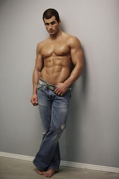 Jeans on hot guys. Hot Men, Hot Guys, Eye Candy Men, Gay, Male Form, Good Looking Men, Gorgeous Men, Beautiful People, Fitness Inspiration
