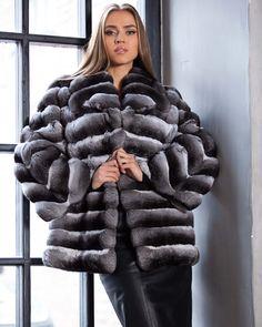 102 отметок «Нравится», 3 комментариев — Fashion Insta Style (@f_instastyle) в Instagram: «#fur #furcoat #coat #style #fashion #lookbook #beautiful #girl #musthave #futro #pelz #pellicce…»