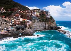 Between the Mediterranean Sea and the mountain there are trapped five small villages from Liguria, a north region from Italy.