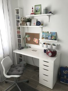 Room Design Bedroom, Room Ideas Bedroom, Home Room Design, Small Room Bedroom, Home Office Design, Home Office Decor, Bedroom Decor For Teen Girls, Teen Room Decor, Study Room Decor