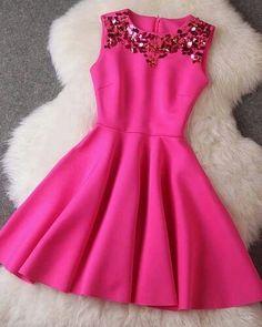 Imagem de dress, pink, and fashion