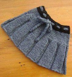 Gri siyah renklerde ip bağcıklı el örgüsü kız çocuk etek modeli - Kadın Moda