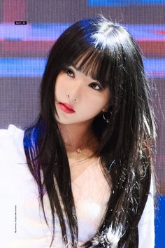 Cute Girl Photo, Cool Girl, How To Fix A Broken Heart, G Friend, Japan, Classy Women, Me As A Girlfriend, Korean Girl Groups, Girl Photos