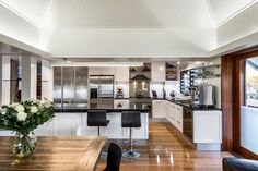 Brisbane Industrial Kitchen Renovation - contemporary - kitchen - brisbane - Kim Duffin for Sublime Architectural Interiors