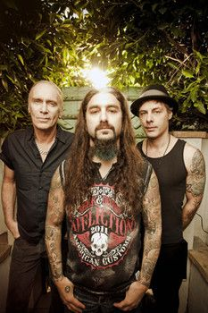 The Winery Dogs: A supergroup that gets it right