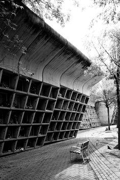 https://flic.kr/p/9SPHux | . | Parque Cementerio de Igualada Enric Miralles 1985-1991 2011-06-12