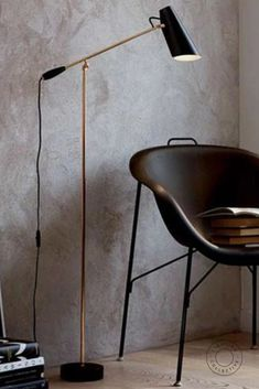 A Scandinavian range with a past, this modern Scandinavian Design Floor Lamp is inspired by designer Birger Dahl's lighting pieces made in 1952. With its sleek silhouette and aluminum and steel components, this timeless floor lamp makes a striking addition to any room. #Floorlamp #Lamp #Scandinavian #Danishdesign #Danishlighting #Scandinavianinterior #Minimalist #Minimalistic #Minimalism #Interiordesign #Lightingdesign #Decor #Interiorstyling #Stylish #Modern #Nordiclamp #Scandinavianlamp