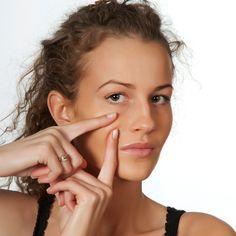 Комплекс упражнений для подтяжки овала лица.   Возраст виден не только на лице женщины. Поэтому напомним, если вы начали следить за собой, никогда не забывайте о шее! Существует масса советов, какой …