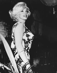 Marilyn Monroe she looks happy...