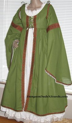 DDNJ Choose  Color Multi Tier Raw Silky Skirt Plus  Made ANY Size Renaissance Belly Dance Pirate Gypsy Witch LARP Cosplay Costume Halloween