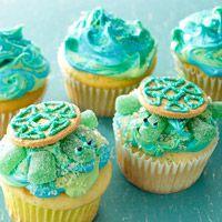 Sea Turtle Cupcakes - Sprinkle Forward - Chris Mott - www.findyoursprinkles.com
