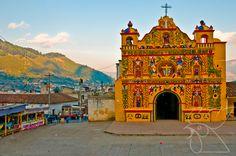 La belleza de San Andrés Xecul es otro rasgo característico de nuestra cultura. ¡Orgullo 100% Guate! - Guatemala -