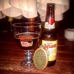 En #Instagram: Un poco de estilo nocturno  . . #yuste #spanish #beer #premium #good #relax #style #night #parador http://ift.tt/29UCPGB