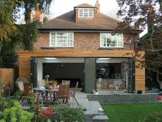 Cedar cladding extension like the mixed widths House Extension Design, Glass Extension, Roof Extension, House Design, Extension Ideas, Wooden Cladding, Cedar Cladding, Exterior Cladding, Bungalow Extensions