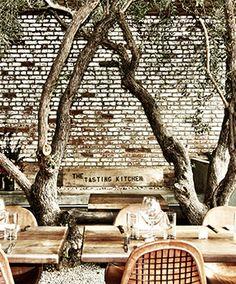 Gwyneth Paltrow's favorite 13 Los Angeles restaurants.
