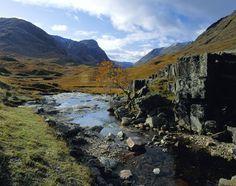 Paysage de l'île de Skye, en Ecosse Westerns, Nature, Travel, Scotland Trip, Mountains, Landscape, Naturaleza, Viajes
