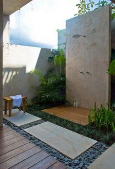 Le modèle de salle de bain extérieur- pureté pour l'esprit et le corp - propre-modèle-de-salle-de-bain-extérieure