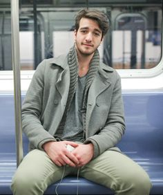 Subway Stalking! 49 Cute New Yorkers Snapped Underground  Photographed by Angela Pham