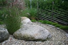 sten i rabatt Grs, grus amp; Driveway Entrance Landscaping, Garden Landscaping, Driveway Ideas, Landscaping With Rocks, Garden Inspiration, Greenery, Eco Friendly, Garden Design, Pergola