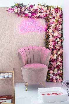 Nail Salon Design, Nail Salon Decor, Salon Interior Design, Pink Nail Salon, Beauty Room Salon, Beauty Room Decor, Spa Room Decor, Bedroom Decor, Makeup Studio Decor