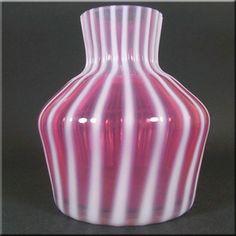 Harrachov Czech Pink Opalescent Glass Vase by Milan Metelak 20thcenturyglass-shop